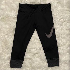 Nike Dri-fit Capri Black Leggings Sz L